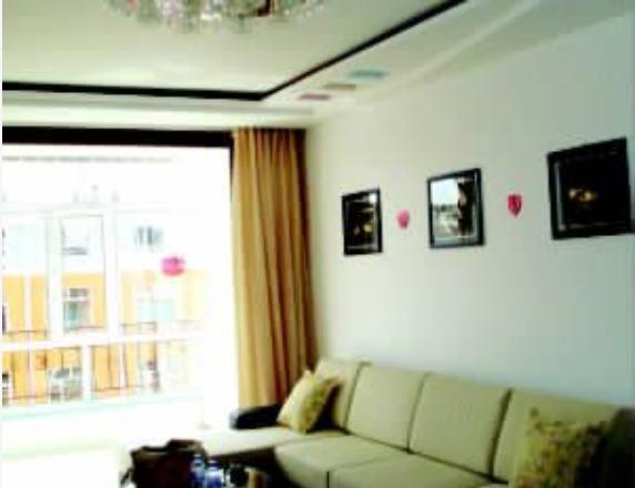 """客厅对色彩有什么""""需求,应该如何选购最适合自己的灯具,客厅吊顶有哪些方法  装修知识  第1张"""